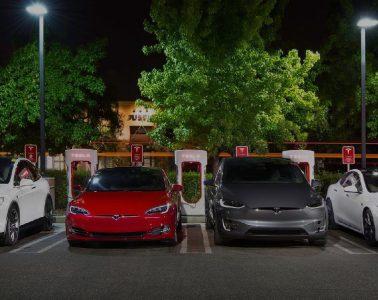 Tesla Superchargeurs gratuits