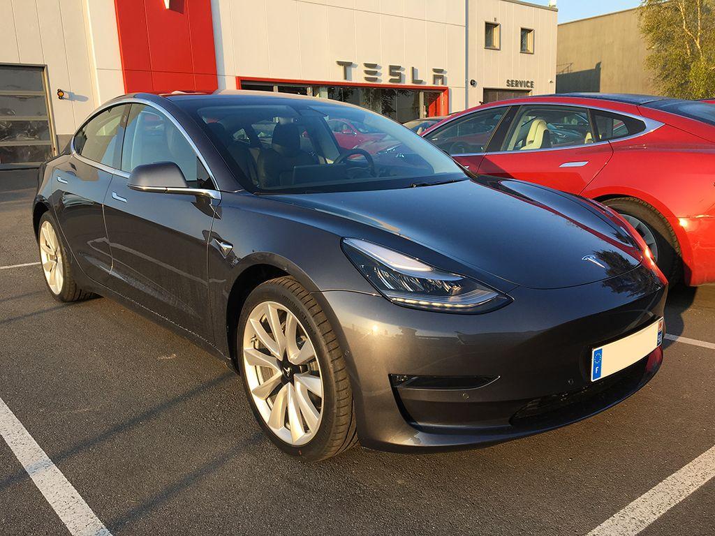 Tesla Model 3 Paris Chambourcy 2019