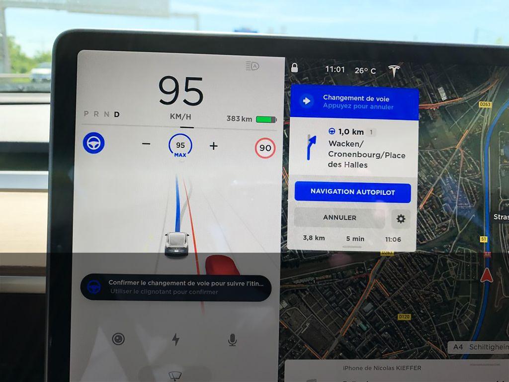 Tesla Navigation Autopilot France