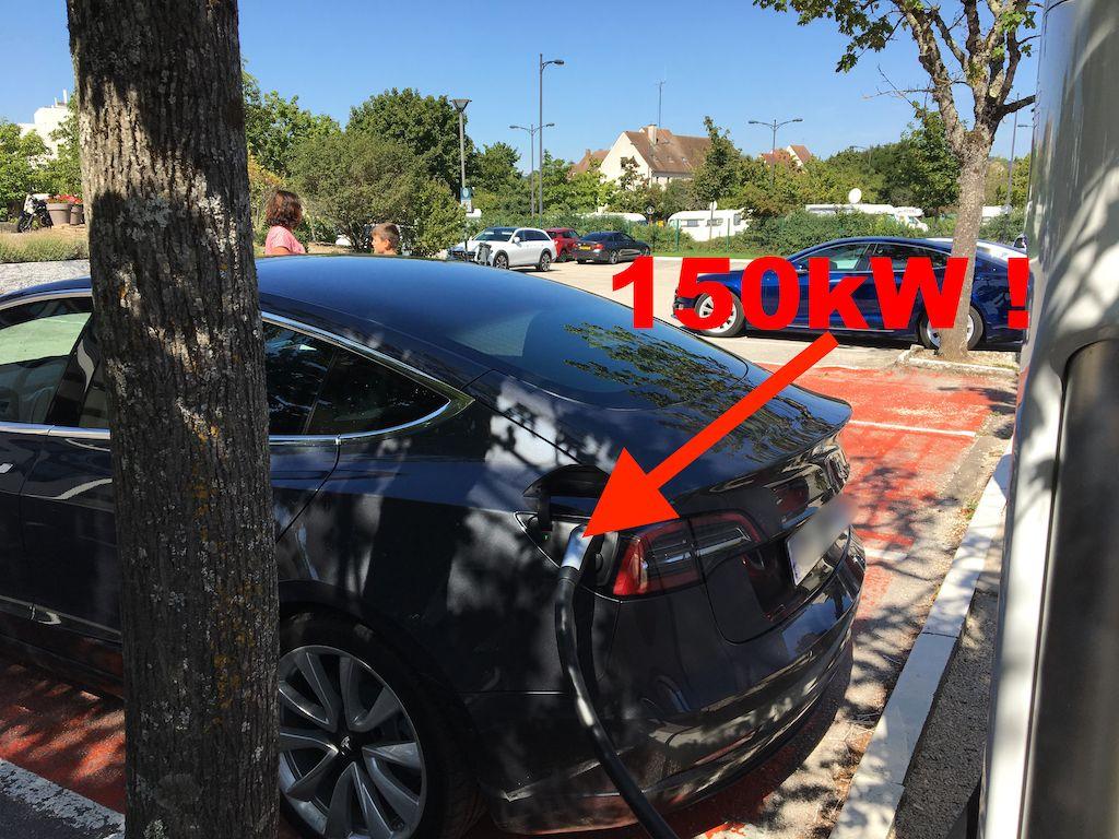 Supercharger-Tesla-150kW-