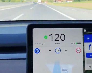 Mise a jour Tesla V10