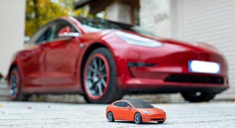 Tesla Model 3 rouge 2019