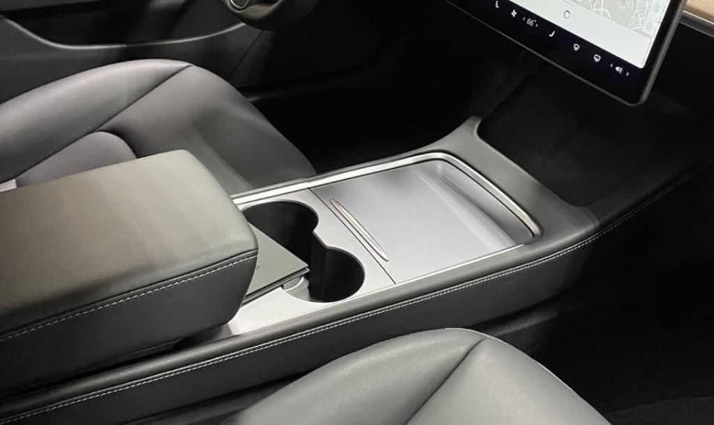 Nouvelle console centrale Model 3