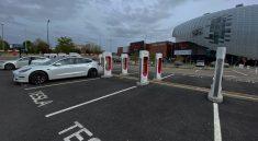 supercharge Tesla Velizy 2